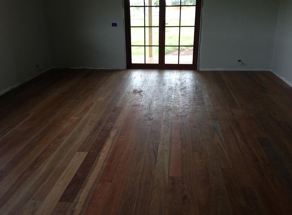 Floor Sandiing Newcastle - Laying 1